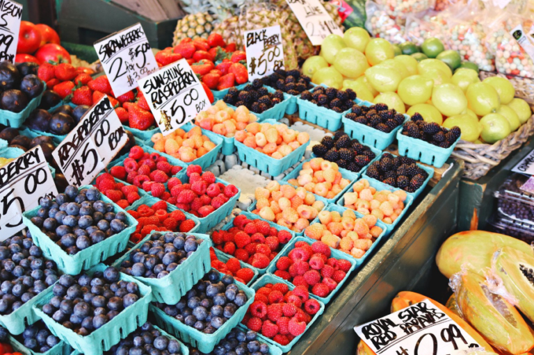 30 Great Items To Sell At The Farmer's Market!