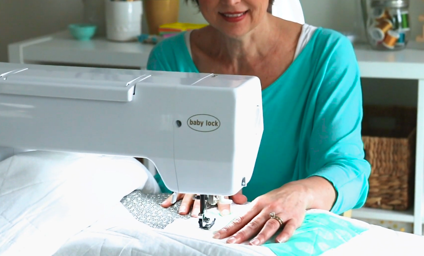 large throat sewing machine for quilting